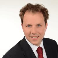 """Christian Solmecke ist Autor des Buches """"Recht im Social Web"""" © Christian Solmecke"""